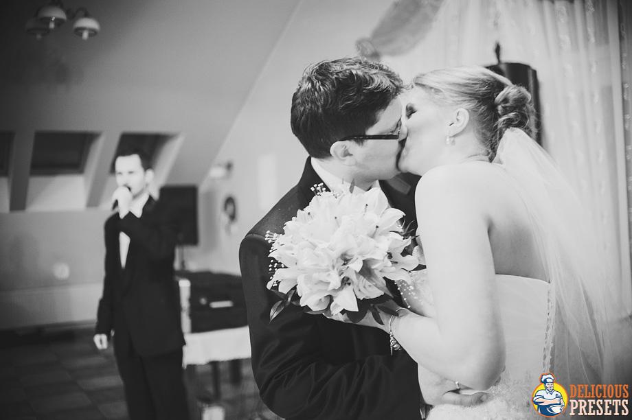 Lightroom 4 Natural Wedding Presets